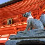 世界の観光客に愛される幻想的な千本鳥居「伏見稲荷大社」その魅力を大解剖!
