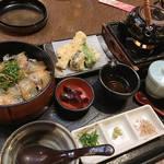 とろける手作り豆腐が美味!歴史ある酒蔵をリノベした雰囲気が魅力的「月の蔵人」