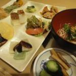 「ぎゃあてぃ」料理旅館仕込みの京おばんざいが30品目以上食べ放題!【ビュッフェ】