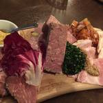 下鴨 注目度大!昨年オープンの美味しい洋食店「浅井食堂」【洋食】【ワイン】
