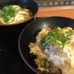 中書島駅構内 サクッと食べれる!「うどん・そば 麺座」【どんぶりもあり】