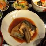新町綾小路 老舗仕出しの伝統の味を京の町家で「ごはん処矢尾定」【定食】