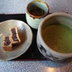 岡崎 六方焼き始めました♪ほっとする素朴な甘味処 「六方屋」 【和菓子】
