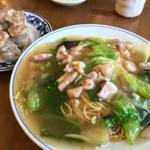河原町二条 京都中華料理界の源流・鳳舞の味を受け継いだ広東料理「鳳泉」【中華料理】