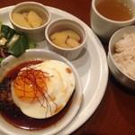 三条高倉 ギャラリーカフェ「coLLabo(コラボ)」美味しいご飯とアートに出会ってきた【カフェバー】