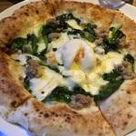 本場ナポリの味が大丸裏に!窯焼きピザが美味しい♪「NAPOLI 京都錦」【イタリアン】