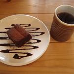 千本二条 「Cafe Phalam」(パラン)のスペシャルティーコーヒーとスイーツで至福の時間❤