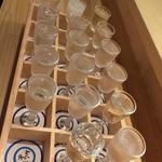 """京都伏見の新名所!""""18蔵の利酒セット""""で一気に地酒制覇!「伏水酒蔵小路」"""
