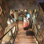 三条 雰囲気ありすぎのアンティーク家具店「70Bアンティークス(セブンティービー)」