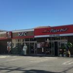 向日市のコンビニ跡に「ケンタッキー」と「ピザハット」が仲良く同時オープン!