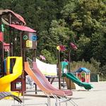 子供達から大人まで!遊具と健康器具、自然もいっぱい!井手町の「玉川さくら公園」