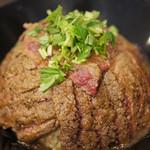 その見た目にうっとり☆1,000円以下で味わう最高のステーキと満足感♪「すてーき丼屋」