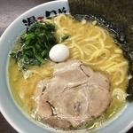 家系のこってりラーメンがうまい!京都駅からほど近くの「漫天兄弟(まんてんきょうだい)」
