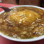 見事な天津飯と餃子が人気!愛され中華料理店「マルシン飯店」@三条東大路の巻っす