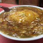 餡たっぷりの天津飯と餃子が大人気!愛され中華料理店「マルシン飯店」@三条東大路の巻っす