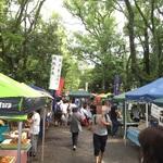 世界遺産上賀茂神社で毎月第4日曜日に定期開催!緑と小川の癒し空間☆「上賀茂手づくり市」