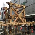 【京都三大祭】2016祇園祭最前線!これぞ伝統技法の職人芸!!「山鉾建て」始まりました☆【四条烏丸】
