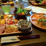 健康志向なビュッフェレストラン「元気になる農場レストランモクモク京都店」 河原町六角