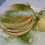 ふわっふわ~!のパンケーキに、めーーちゃテンションあがっちゃう~♪「祇園のfleur(フルール)」