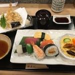 いぶし銀職人が握る寿司ランチが驚きの千円!「やまに寿司」@千本丸太町の巻っす