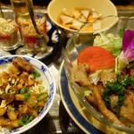 お箸が止まらなくなっちゃう~♪最高に美味しいベトナム料理☆コムゴン☆