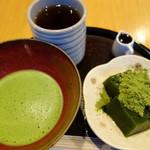 抹茶パフェ発祥のお店で元祖抹茶パフェを頂きました♪「京はやしや 京都三条店 」
