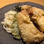 サクサク天ぷらにコシの強いヒンヤリうどん!宇治散策でオススメの「中村製麺はなれ」