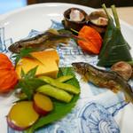 京都を代表するミシュラン2つ星「和ごころ泉」で季節感あふれる美しい日本料理を堪能♪