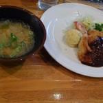一乗寺 本格的な洋食と豚汁!?普段使いの町の洋食屋さん☆「グリル にんじん」【レストラン】