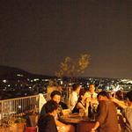 東山を一望できる屋上カフェで秋を大満喫できるBBQ付きの音楽イベント「ホクホク秋フェスタ」
