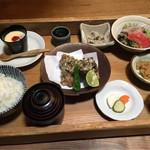 日本酒と鶏料理が評判!おばんざいランチもオススメです「馳走いなせや」@三条柳馬場の巻っす