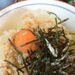 地卵玉子を使った濃厚玉子かけごはん!「はんじ」@大原の巻っす
