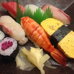 ハイクオリティのこの寿司ランチが580円!串八が手掛ける本格寿司店「傳七すし 西院店 (でんしちすし)」