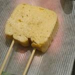 """京の台所 """" 錦市場 """"で出汁巻き玉子を!食べ歩きやお土産にも「田中鶏卵」"""