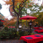 美しい紅葉を眺めながらスイーツタイム♡山の中にある最高のロケーションのお茶屋さん「 硯石亭(すずりいしてい)」