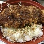 昭和レトロな雰囲気で頂く絶品ソースカツ丼は650円!路地裏の老舗!「とんかつ一番」