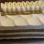 アレンジの妙を感じる美味しいケーキ!ジミーにカフェやったはります「マルク・パージュ」