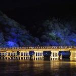 四季折々の絶景で世界中を魅了してやまない「名勝・嵐山の象徴 渡月橋(とげつきょう)」