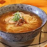 太秦「とりそば ささ」で鶏の旨味が存分に味わえる「とりそば」に舌鼓【中華麺】