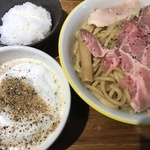 これぞカプチーノつけ麺!イタリアの風が吹くラーメン「らー麺や-与-(あたう)」【開店】