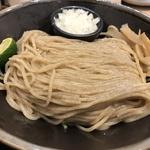 日本蕎麦のような自家製麺が美味いつけ麵!ビジネス街の人気店「麺匠 たか松 四条店」