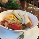 京都人の普段使いの老舗カフェ!コスパ最強丼鉢モーニングは大人気「ワールドコーヒーショップ白川本店」