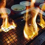 ホソファイヤーののろしを上げて肉祭り!京都焼肉ホルモン界の筆頭人気店「アジェ」【鞍馬口】