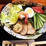 【京都五条】隠れたうどんそば丼の名店でちょっと変わり種の茶そば冷麺!「招福亭」
