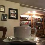 """""""鍵を開ければ異空間""""知る人ぞ知る、ショコラと天使の秘密の小部屋☆「エンジェルライブラリー」【祇園カフェ】"""