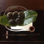 京都最高峰のわらび餅★まるで黒の宝石*宝泉(ほうせん)【下鴨神社】