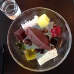 【京都モダン茶寮】味わいも空間も優美さで満ちる*虎屋菓寮 京都一条店 (とらやかりょう)