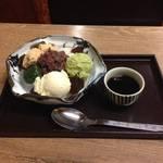 京都 河原町に佇む癒しの老舗甘党喫茶*黄金比絶品あんみつ「梅園(うめぞの)」