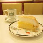 京都の定番カフェでオススメケーキを★イノダコーヒ コーヒーサロン店【四条烏丸】