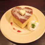 Wハートでブレイクダウン★幻のパンケーキ「ブルーファーツリー」【祇園】